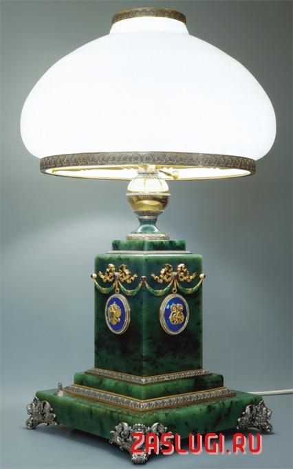 Купить настольную лампу из Италии в Москве с доставкой по